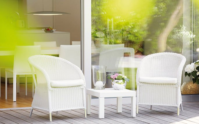 romantischer balkon. Black Bedroom Furniture Sets. Home Design Ideas