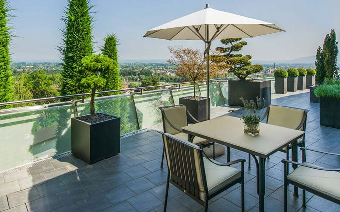 moderner balkon. Black Bedroom Furniture Sets. Home Design Ideas