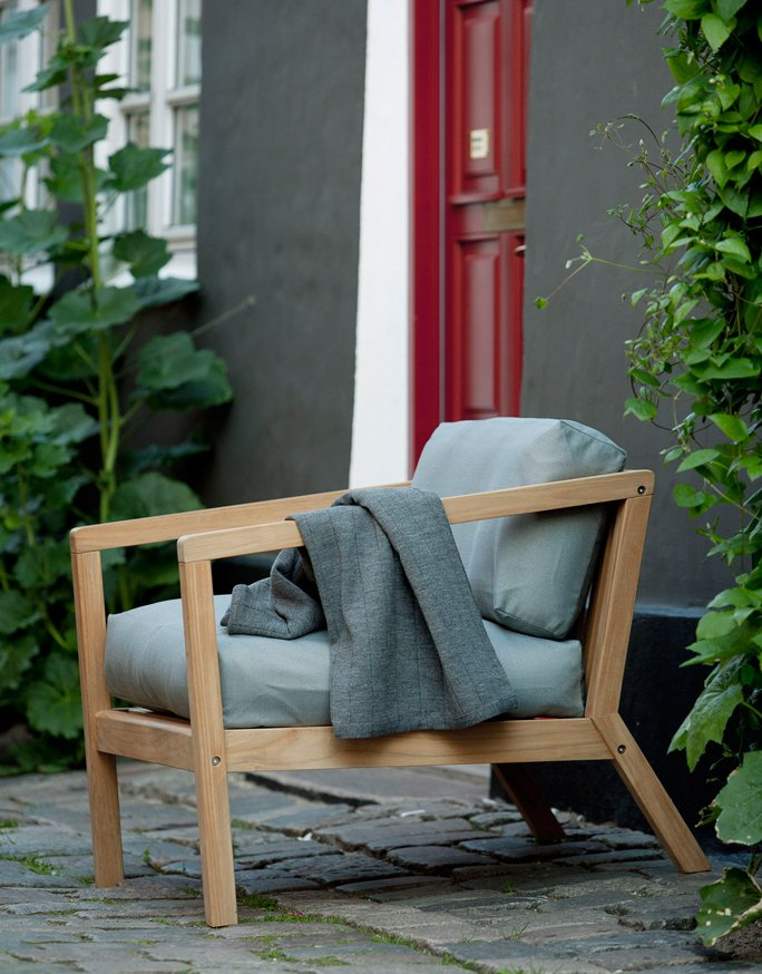 gepolsterte gartenm bel f r die terrasse. Black Bedroom Furniture Sets. Home Design Ideas