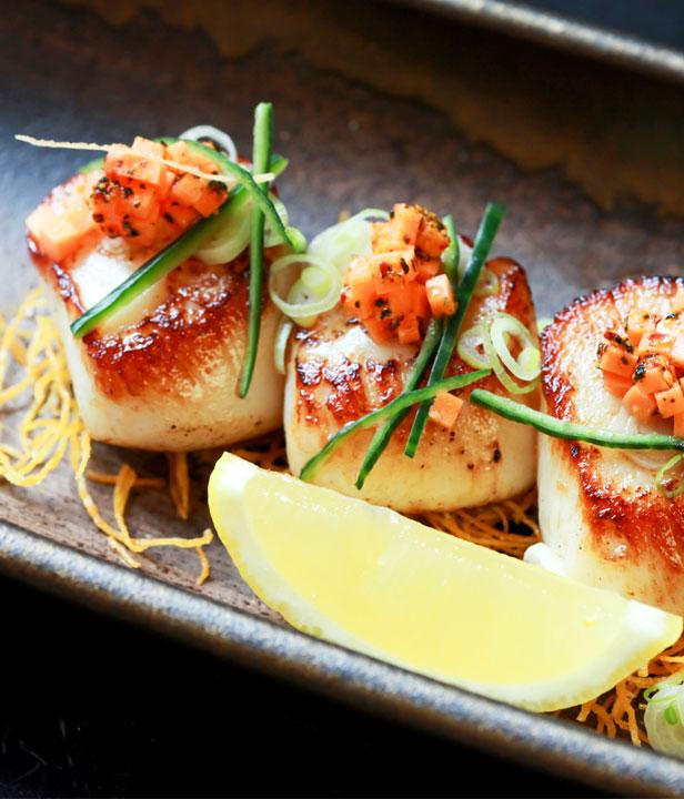 Fruchtig-exquisite Jacobsmuscheln vom Grill