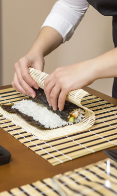 sushi selber machen so gelingt die japanische spezialit t. Black Bedroom Furniture Sets. Home Design Ideas