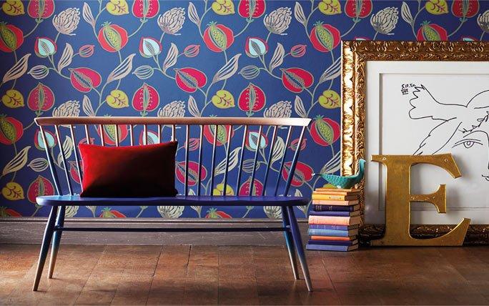 farbige tapete mit bl ttern und knospen. Black Bedroom Furniture Sets. Home Design Ideas