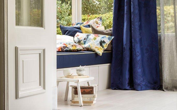 wohntextilien sch nste bettw sche teppiche und vorh nge aus der schweiz. Black Bedroom Furniture Sets. Home Design Ideas