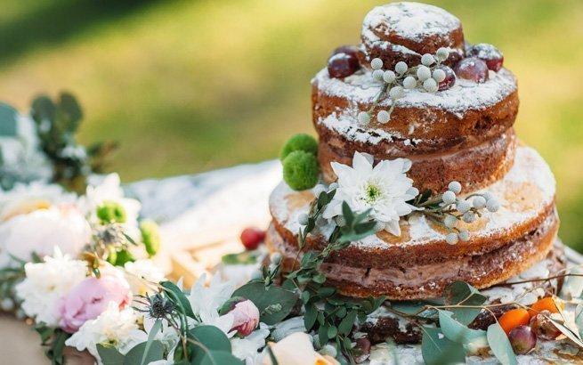 Die Hochzeitstorte gehört zu den Höhepunkten einer jeden Hochzeitsfeier. Wir verraten Ihnen, was Sie bei der Auswahl beachten sollten.