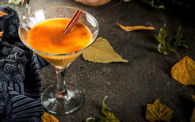 Sechs feine Cocktail Rezepte, die wir im Herbst geniessen