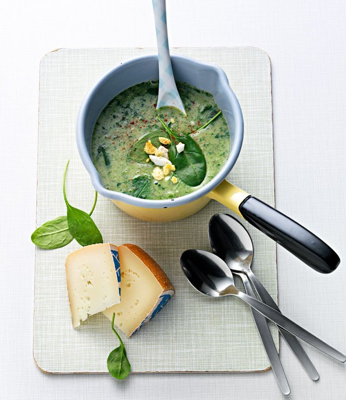 Würzige Spinatsuppe
