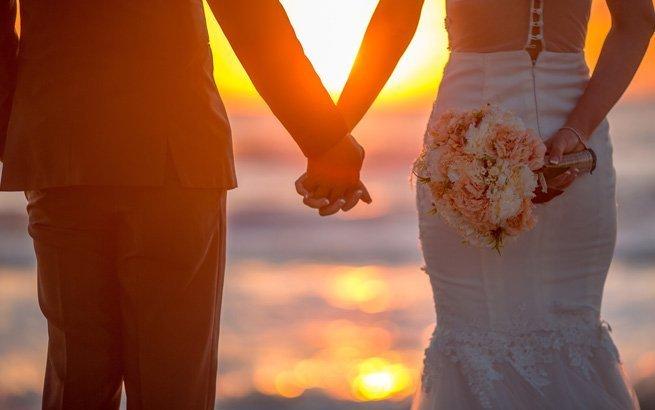 Der krönende Abschluss einer perfekten Hochzeit sind die Flitterwochen. Für Ihre Reise stellen wir Ihnen die 10 luxuriösesten Honeymoon Hotels weltweit vor.