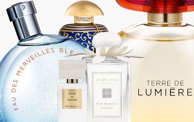 Zum Frühling wünschen wir uns oft etwas frischen Wind – in der Wohnung, in der Mode und auch beim Duft. Wir stellen Ihnen unsere 16 Parfum-Favoriten dieser Saison vor.