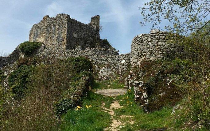 Tragisches Ende der Burg Alt-Bechburg