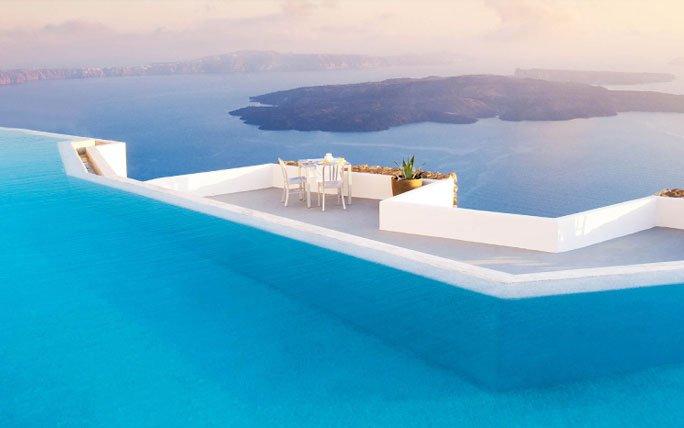 Designhotel Grace Santorini : Infinity pools u spektakulär baden grace hotel santorini