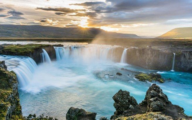 Eine Reise nach Island bedeutet immer eine Reise ins Abenteuer. Erleben Sie die einzigartige Natur und Kultur der Mythen-Insel.