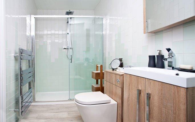 ebenerdige dusche aus glas. Black Bedroom Furniture Sets. Home Design Ideas