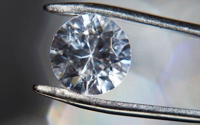 faszination diamant edelstein mit 32 facetten. Black Bedroom Furniture Sets. Home Design Ideas