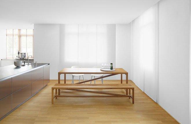 klassischer esstisch von e15 mit sitzbank. Black Bedroom Furniture Sets. Home Design Ideas