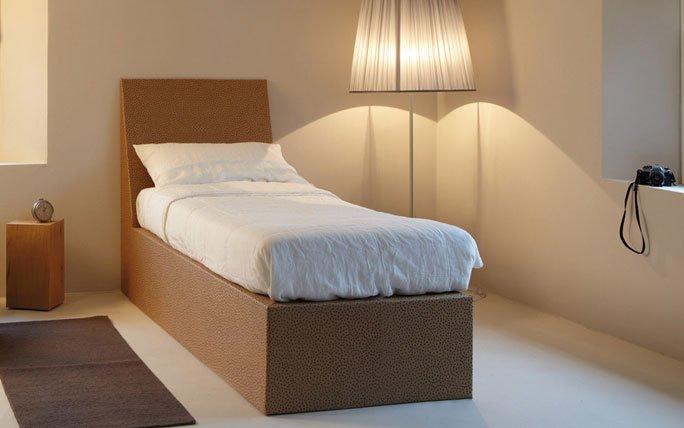 Karton-Bett von Kube Design