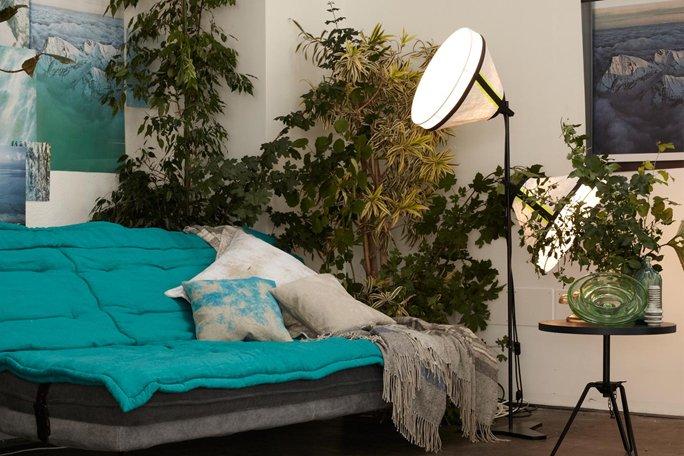 stehlampe im industrie look. Black Bedroom Furniture Sets. Home Design Ideas